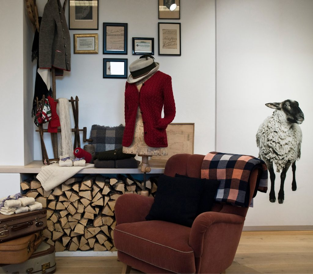 You can buy our knitwear at the factory store.